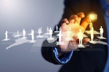 Buitenlands personeel met alle benodigde diploma's, vakmanschap en ervaring